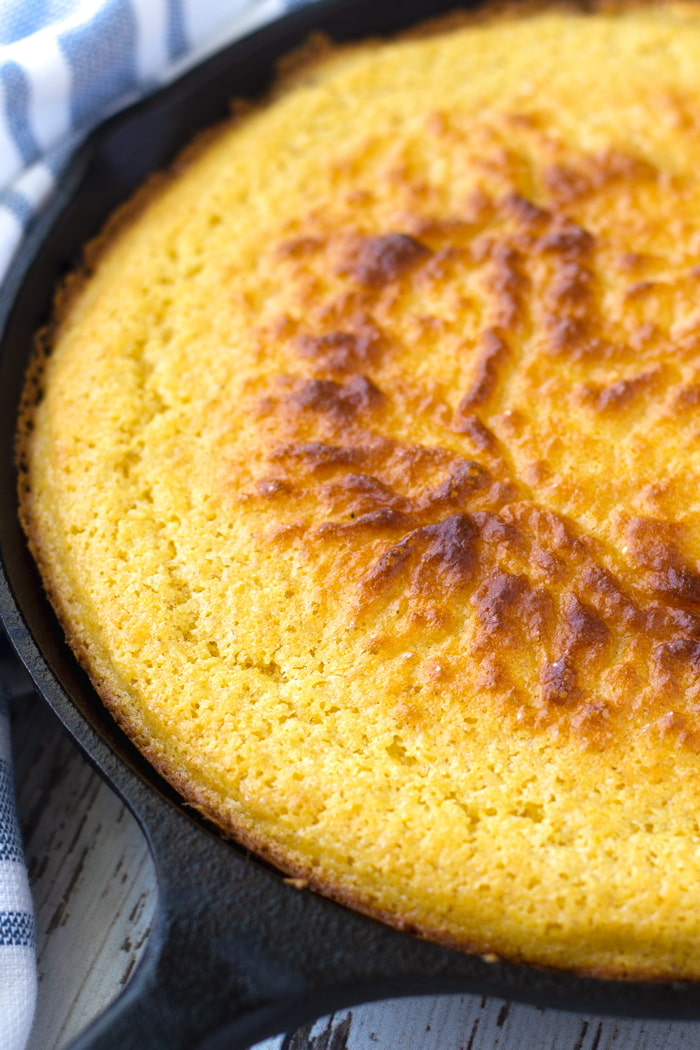 cast iron skillet corn bread with golden crust