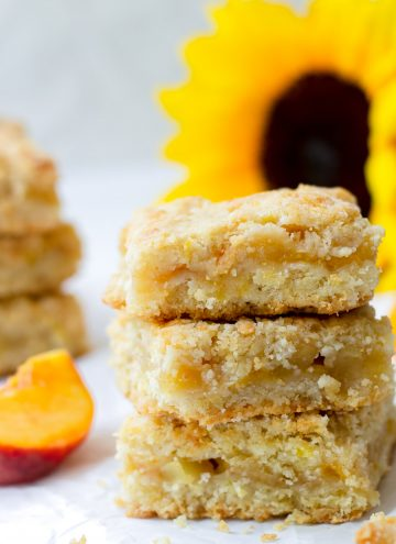 apple peach crumb bars