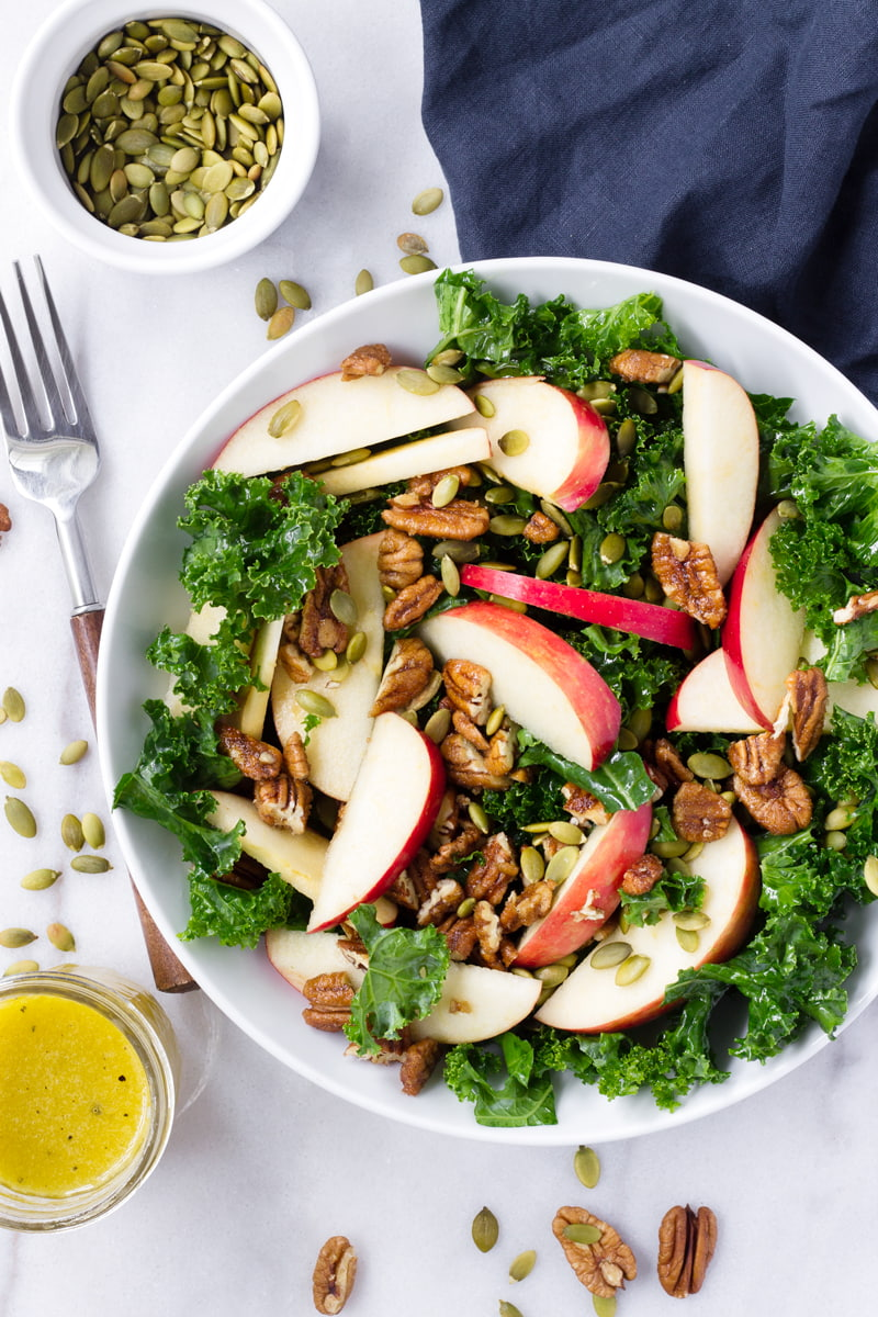 kale an apple salad with apple cider vinaigrette
