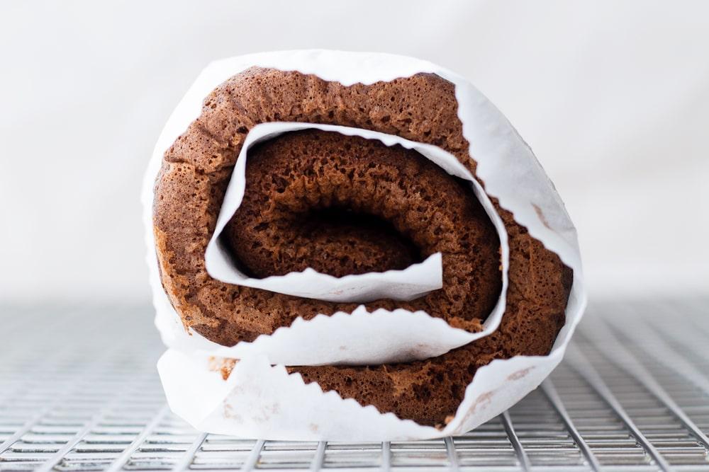 How to Make Chocolate Swiss Roll