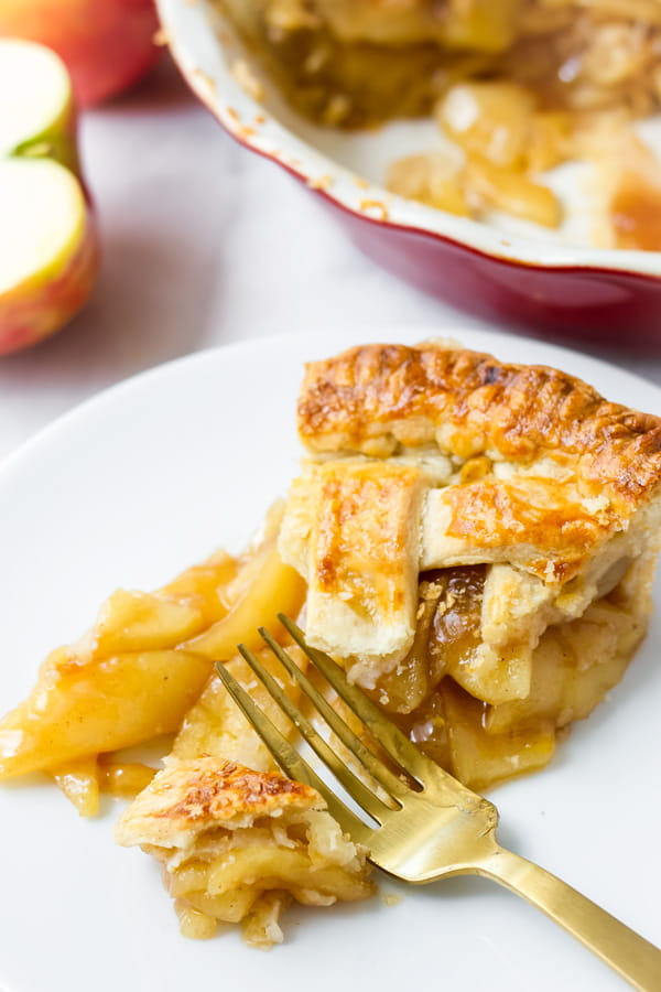 Slice of Homemade Apple Pie Easy