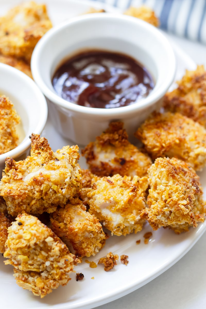 Healthy Baked Popcorn Chicken with Cornflakes