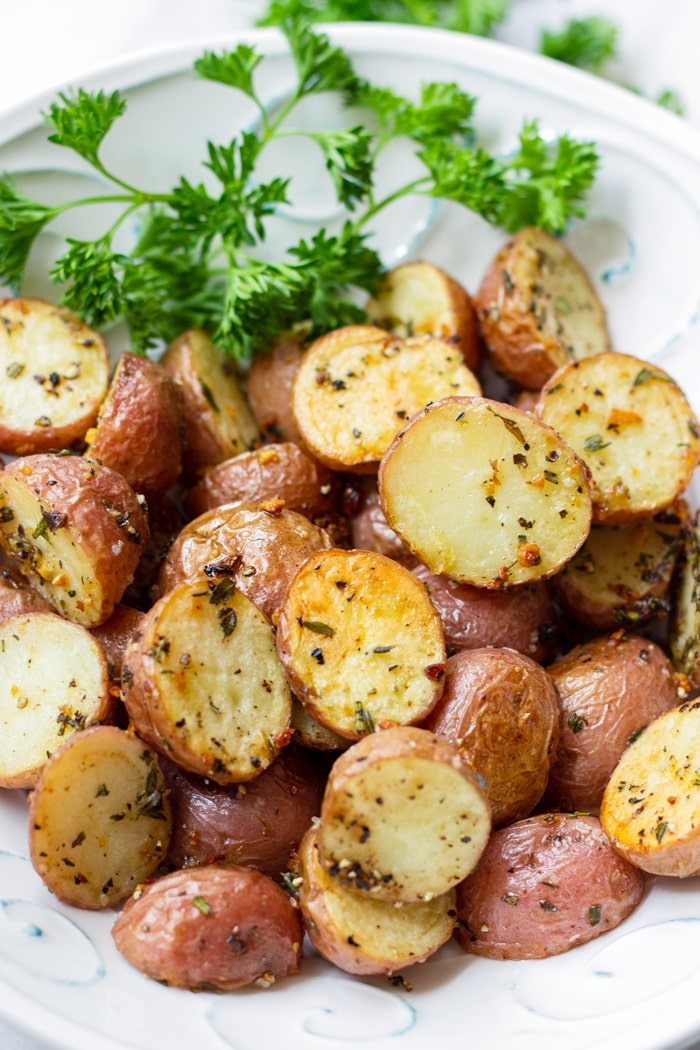 Golden Brown Roasted Potatoes with Herbs and Garlic
