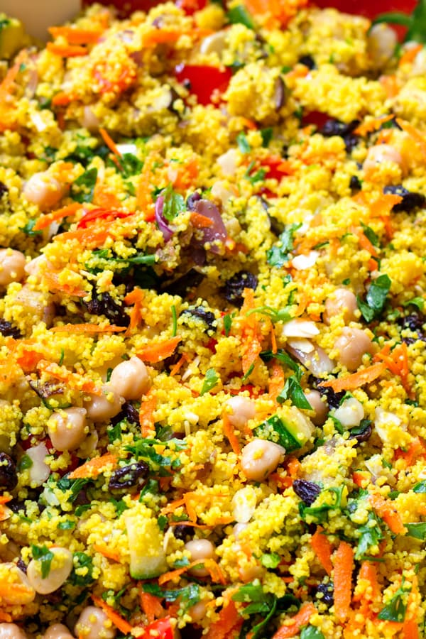 Moroccan Couscous with Chickpeas and Turmeric