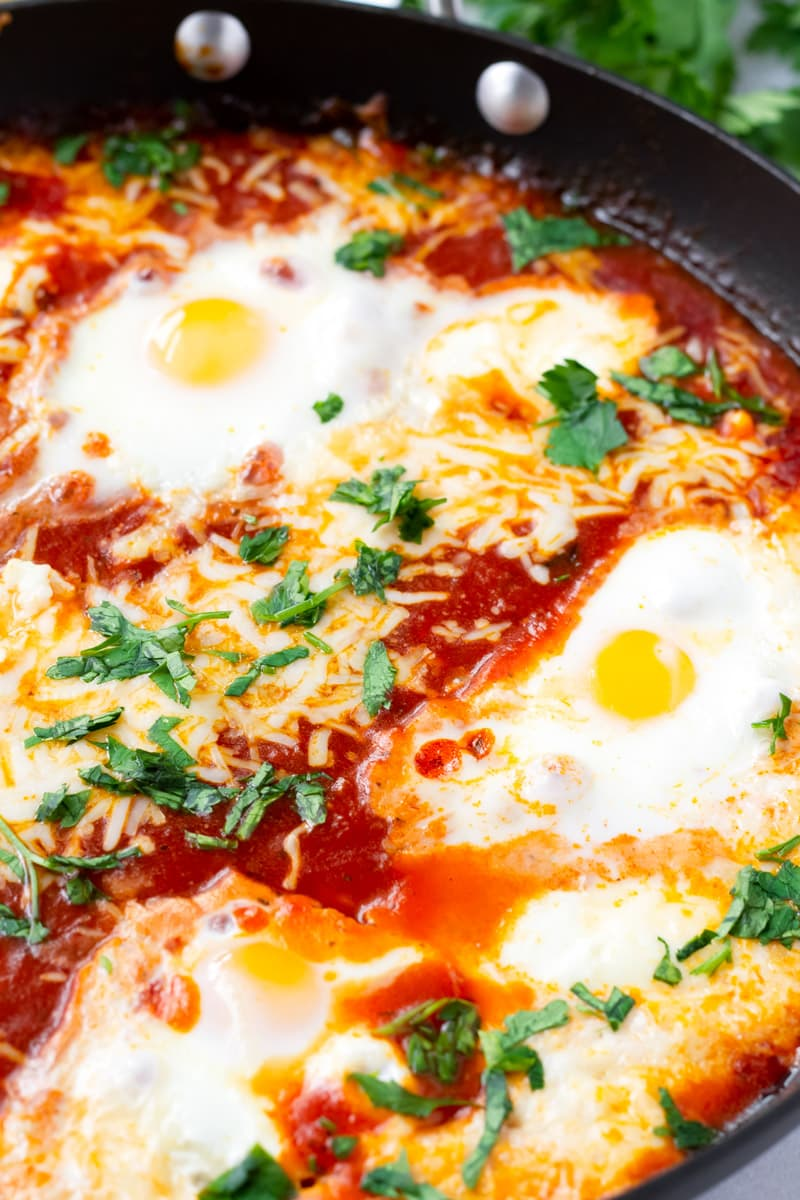 Quick Italian Baked Eggs