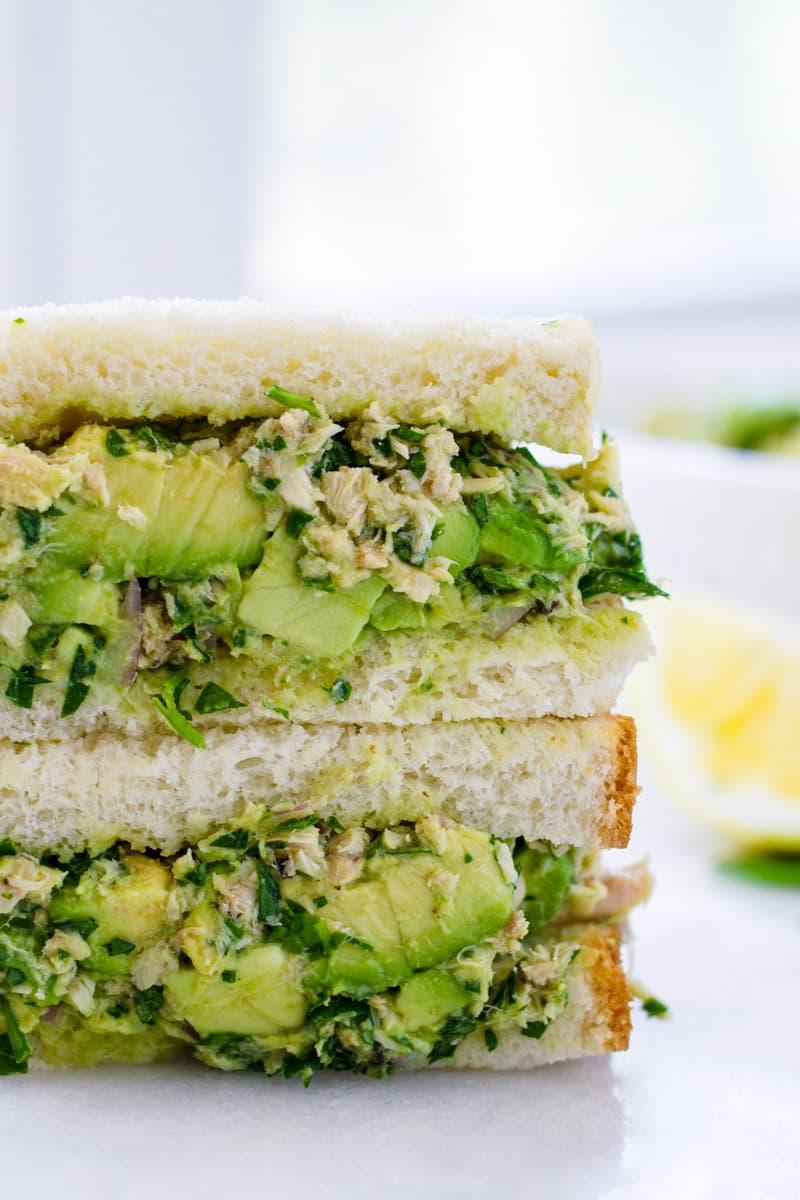avocado and tuna sandwich