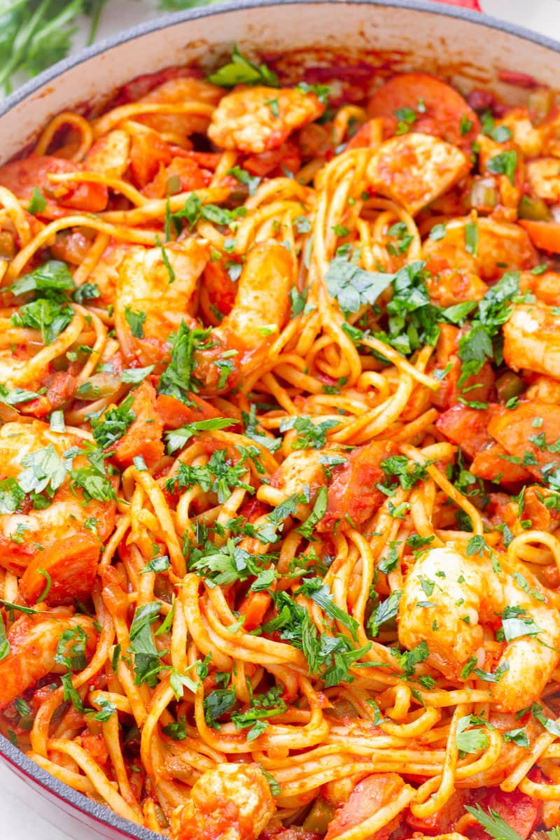 close up of jambalaya pasta dish with parsley garnish